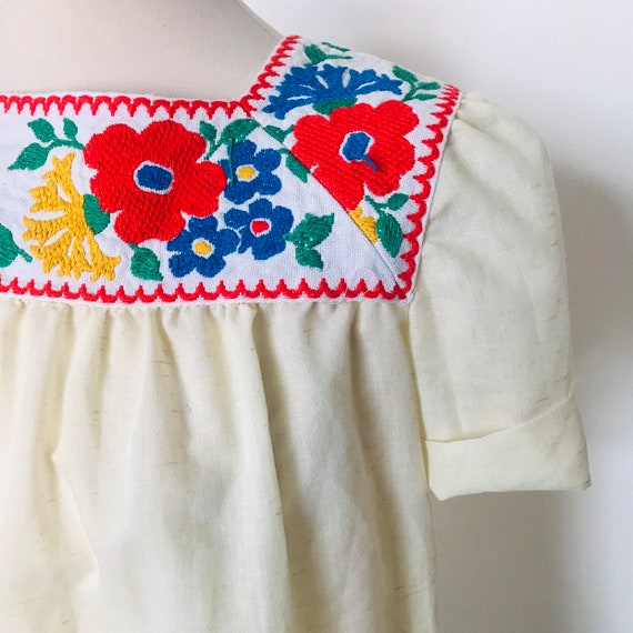 Vintage peasant blouse, embroidered blouse, floral embroidery, bohemian shirt, UK 10,smock style,60s, 40s style, folk