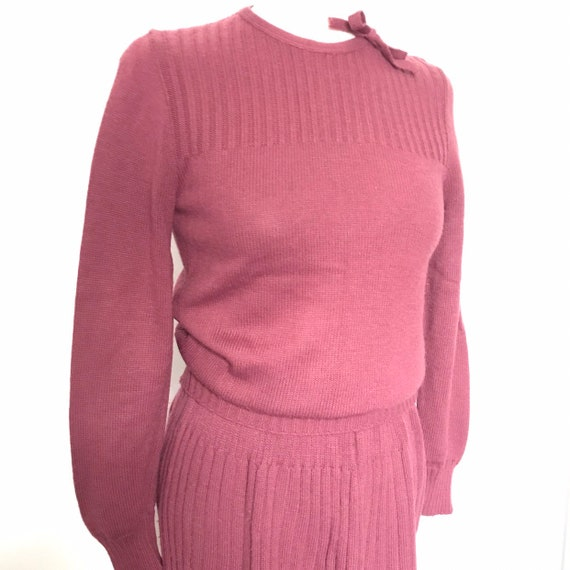 Vintage knitted suit,1930s look,ladies suit,40s knitting,80s does 30s,UK 8,pink,mulberry,acrylic knit,woolly suit,