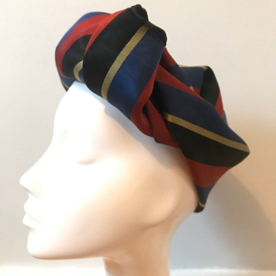 Vintage scarf,1950s scarf,college scarf,striped,woven stripes,satin,vintage square,menswear,blue,red,classic,turban, 1940s,college scarf