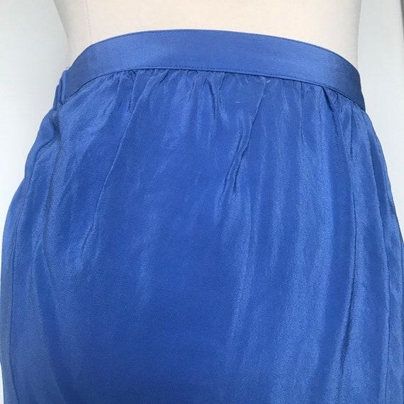 Vintage mini skirt,sand washed silk,silk skirt,short skirt,90s skirt,cornflower blue,elasticated,utility,90s skirt,mid rise,1980s,beach,M