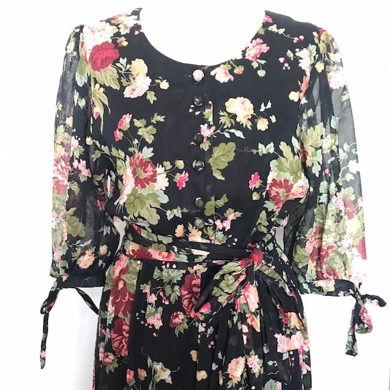 vintage dress,floral dress, flowery, teadress,chintz,rose print,prairie dress,1980s does 1950s,UK 14,cotton dress,whimsical