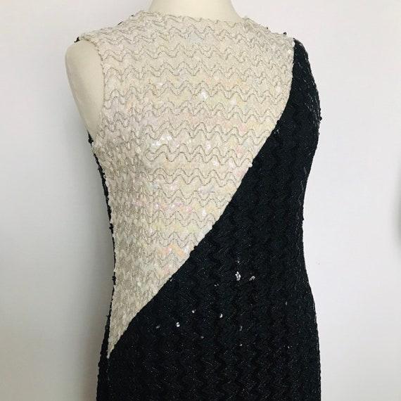 Sequin dress,1960s dress,vintage sequin dress,Black and white,iridescent,sequins,shift dress,long,sparkly,60s,Halloween,vamp,GoGo,drag,14
