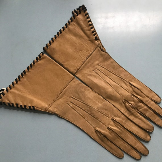 1940s gauntlet gloves,40s gauntlet,art deco,coffee,brown,1930s,leather gloves,original accesories size 5,6