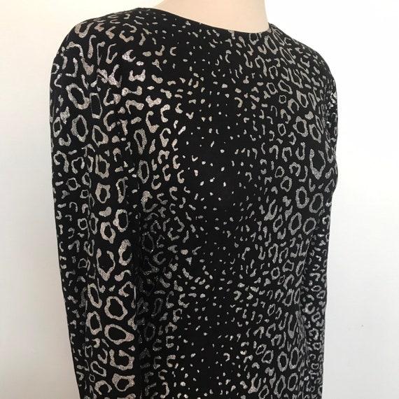 Vintage dress,animal print dress,silver glitter,leopard print,cocktail dress,backless,button back,stretchy,disco,long sleeves,UK 12 14,spark