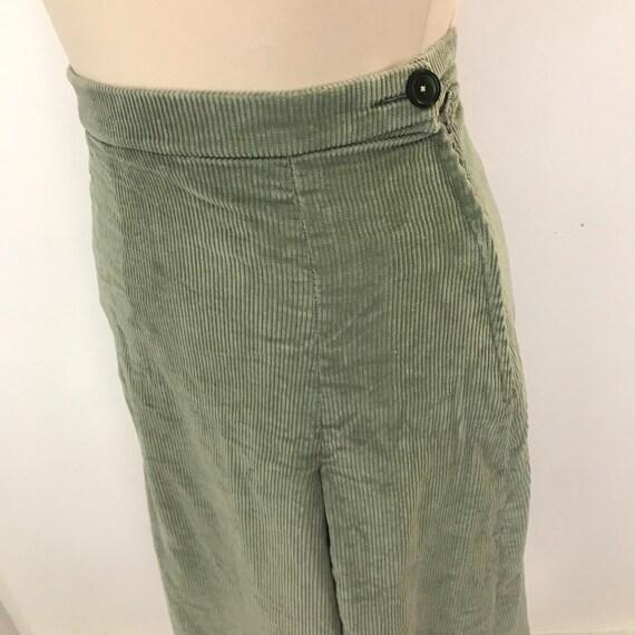 Vintage skirt, corduroy skirt, sage green, pale green, straight, pleated skirt, 40s style, prairie, petite, UK 8, cord skirt, 1970s, 80s