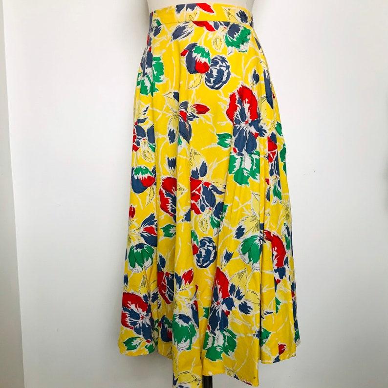 yellow skirt Valise below knee poppies petite flared skirt,1970s does 30s Vintage skirt UK 8 cotton skirt floral print skirt