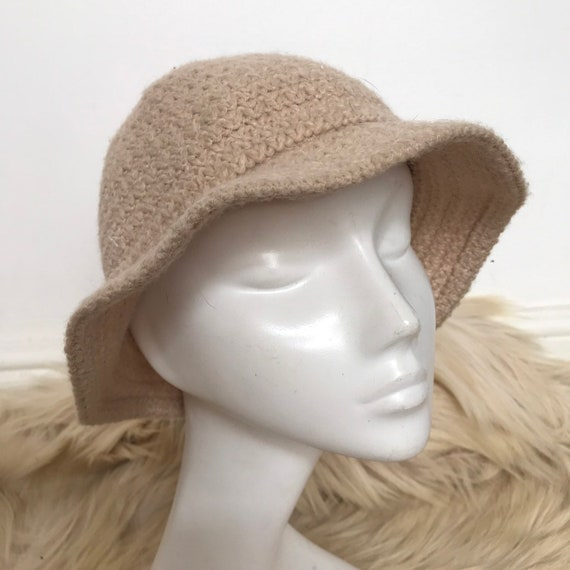 Vintage bucket hat,knitted hat,beige,woolly hat,classic,wide brim,1970s small,st michael