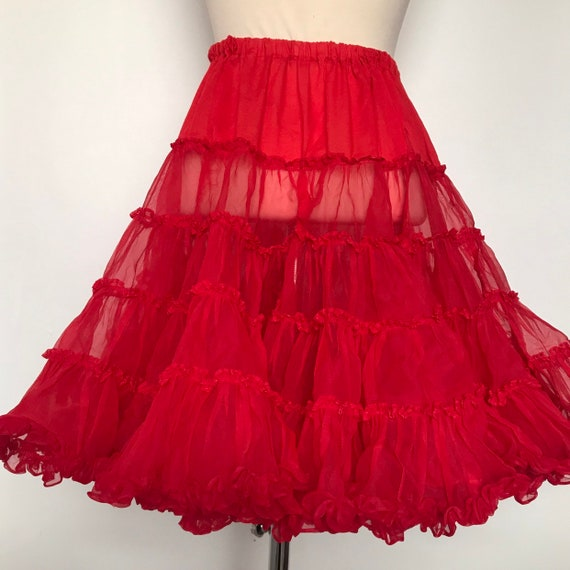 vintage petticoat,red petticoat,half slip,frilly,nylon,70s does 50s,deep frill,under skirt,pin up,elasticated,14,