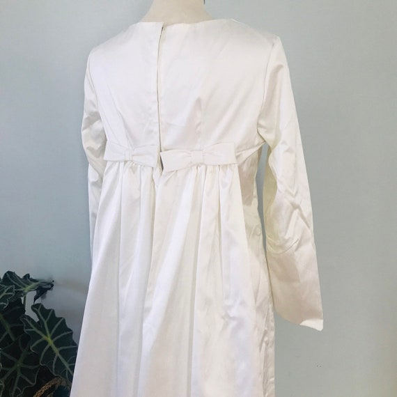 1960s wedding dress, vintage wedding dress,white,babydoll,cape, train,bows,long shift dress ice white Mod bride Scooter girl,UK 10,12,caped