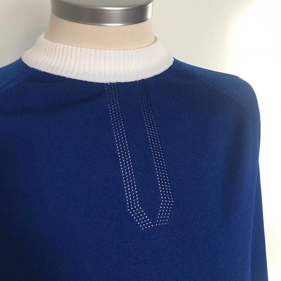 Vintage Mod sweater,navy blue, Crimplene,tight sweater,60s,60s  jumper,long sleeves,beatnik jumper,fine knit,round neck,raglan,blue, white