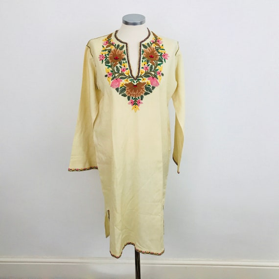Vintage tunic, Yemenite embroidery, vintage kaftan, Yemen embroidered, cream wool, 1960s top, boho, hippie, Large