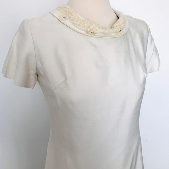 vintage mod dress, shift dress, off white dress, cream, vintage bride, Bridesmaid, scooter girl vintage wedding, Barbarella UK 10, Carnegie
