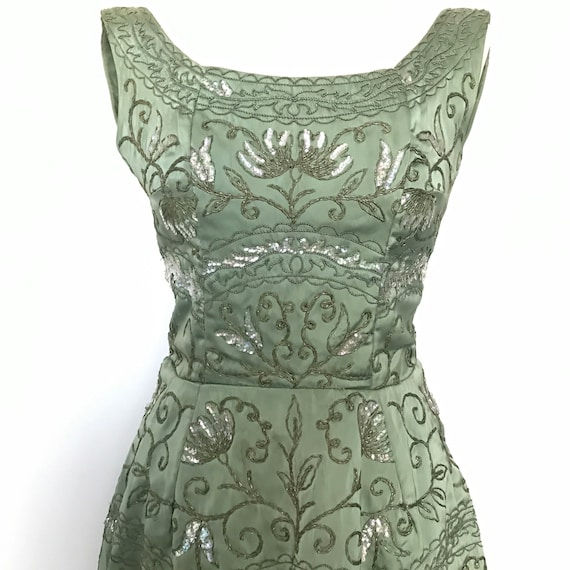 1950s dress,Beaded dress,UK 8,Sage green,A line,pin up burlesque glamourous evening wear 50s cocktail prom vintage,stAined