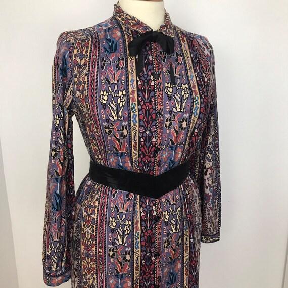 1970s dress, shirt dress, striped, paisley, cotton dress, straight cut dress, Mod, northern soul, long sleeves, Mary Poppins, UK 14