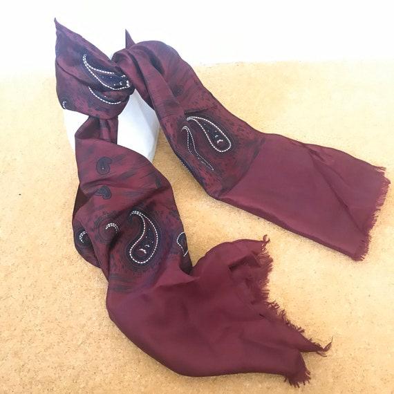 Vintage gents scarf, silk scarf, fringed, red, black,goth,paisley, gentlemans cravat, menswear scarf, long Mod neckerchief hugh hefner