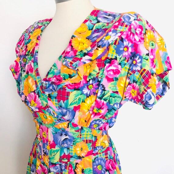 Vintage dress, flowery, tea dress, UK 10,12,1980s dress, 1930s, 1940s style, shirtwaister, ditsy floral print,40s re enactor,swing dress,90s