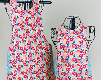 Mother Daughter Reversible Apron Set