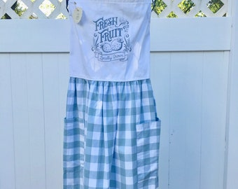 Farmhouse Style Apron - Fresh Fruit Apron -  Full Skirt Apron