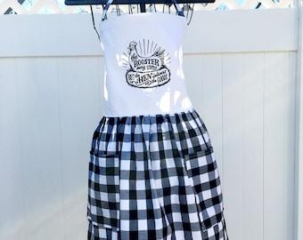 Farmhouse Style Apron - Hen Delivers the Goods Apron - Full Skirt Apron