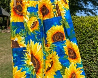 Sunflower Floral Half Apron - Gathered Skirt Farm Apron