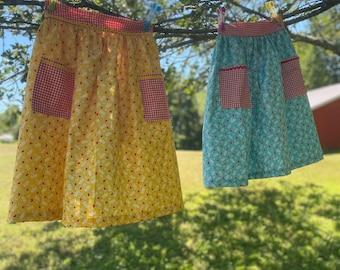 Apple Half Apron - Gathered Skirt Farm Apron