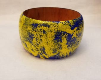 Hand painted bangle