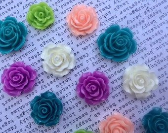 Pretty Magnet Set, 12 pc Flower Magnets, Teal, Peach, Lilac, White, Green Flower Magnets, Locker Magnets, Hostess Gifts, Wedding Favors
