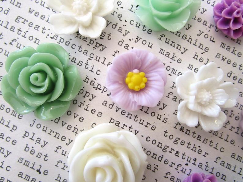 Fridge Magnets Locker Magnet Art Boards Hostess Gift 12 pc Flower Magnets Strong Magnets Green Wedding Favor Lavender and White