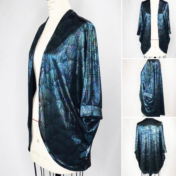 Black Pearl Rainbow Iridescent Sea Shell Elbow Length Festival Kimono
