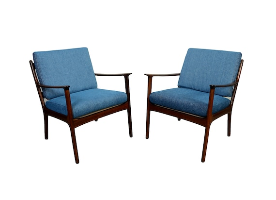 Rosewood Ole Wanscher Lounge Chairs, Model PJ112, PJ Mobler Pair of Rosewood Lounge Chairs