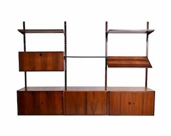 Danish Modern Rosewood Bookcase Wall Unit Floating Cabinet Entertainment Unit by HG Furniture Hansen Guldborg