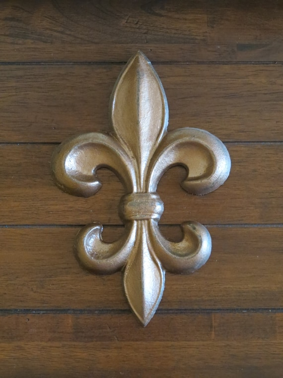 Fleur de Lis Wall Decor / Cast Iron Wall Sign / French Country | Etsy