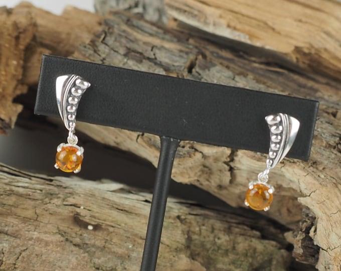 Silver Earrings -Amber Earrings-Dangle Earrings-Statement Earrings-Drop Earrings- Amber Stone Earrings-Baltic Amber-Boho Earrings