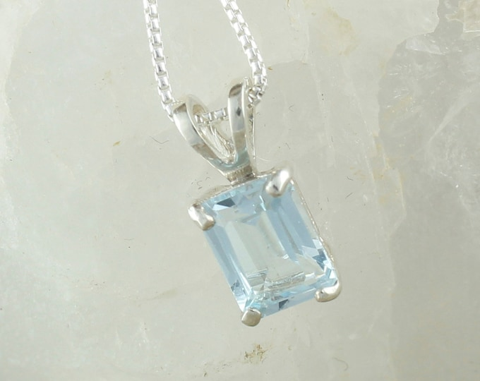 Natural Aquamarine Pendant -Sterling Silver Pendant Necklace -Blue Aquamarine Pendant