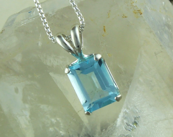 Aquamarine Pendant - Aquamarine Necklace -Silver Necklace -Pendant Necklace - Statement Necklace