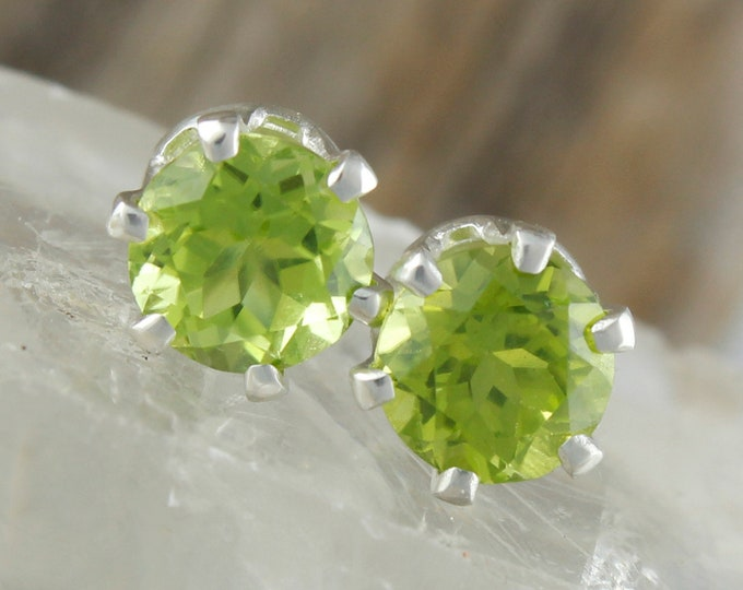 Natural Green Peridot Earrings - Sterling Silver Earrings - Green Peridot Studs - Stud Earrings