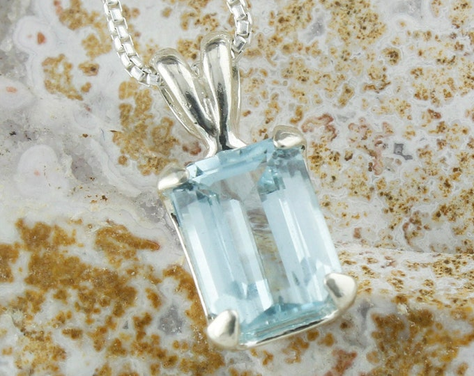Natural Aquamarine Pendant -Sterling Silver Pendant Necklace -Blue Aquamarine Necklace