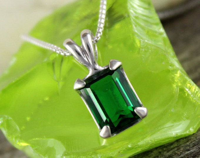 Green Topaz Pendant -Silver Pendant -Green Topaz Necklace -Pendant Necklace - Statement Pendant