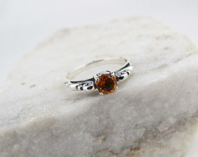Sterling Silver Madeira Citrine Ring Promise Friendship Ring Engagement Ring Everyday Ring with 5mm Natural Madeira Citrine Gemstone