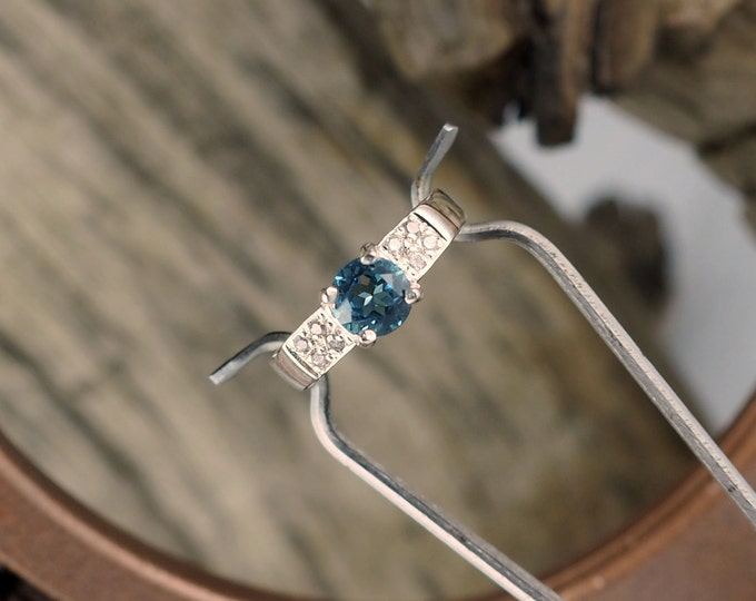 Sterling Silver Ring - Swiss Blue Topaz Ring - Promise/Friendship Ring with a 6mm Natural Swiss Blue Topaz Stone with CZs Accent Stones