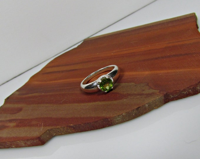 Sterling Silver Ring - Natural Green Peridot Ring - Statement Ring - Friendship Ring - Promise Ring with a 6mm Natural Peridot Gemstone