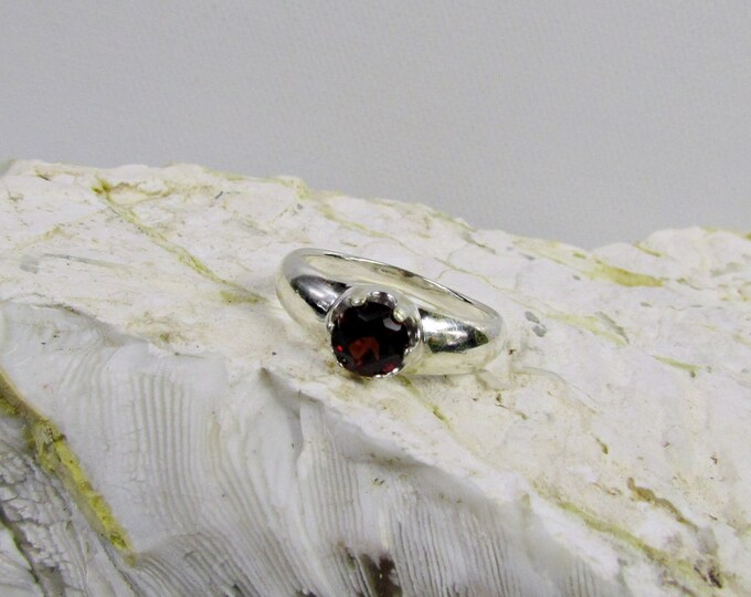 Sterling Silver Ring - Natural Red Garnet Ring - Friendship Ring - Statement Ring - Promise Ring with a 6mm Natural Red Garnet Gemstone