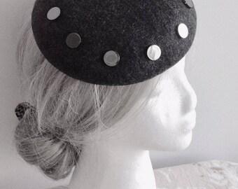 92f73d508d7 100% Merino Wool Fascinator Hat - Heather Black gunmetal button hat