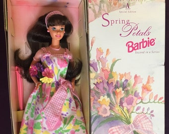 Details about  /Avon Exclusive Spring Petals Barbie Doll 1996 Special Edition