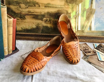 26cffa6ab8c84 Mexican shoes   Etsy