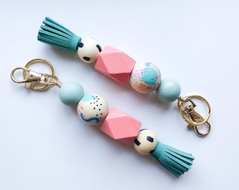 Modern shapes keychain with Tassel & Clip