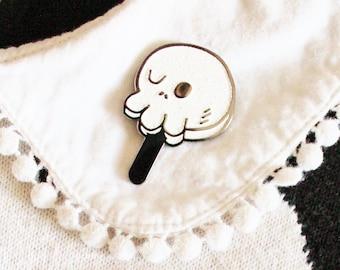 Glitter Enamel Pin Black Skull Popsicle. Hot Ghoul Summer. Horror Ice Cream Pin. Goth Girl Summer Pin. Sparkle Kawaii Skull Pin.