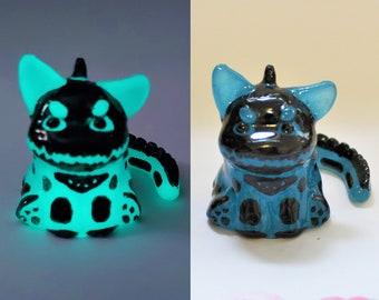 Glow in The Dark Blue Dinocat Mini Figure. Handmade Resin Art Toy. Kawaii Resin Cat Figurine. Spoopy Skeleton Kitty Gift. Collectable Cat.