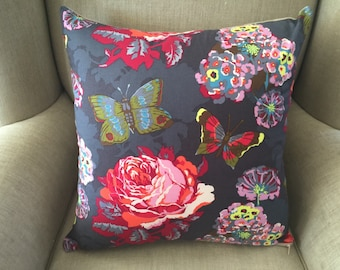 Cushion Cover/Pillow in Anna Maria Horner LouLouThi Clippings Passion with an EST Linen Backing.
