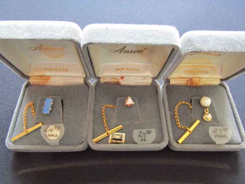 ANSON Men/'s Jewelry 3 Lot Suit Tie Accessories Real Pearl CZ Cubic Zirconia Blue Lapis Lazuli Stone Tie Tacks Yellow Gold Plated Metal /& Box